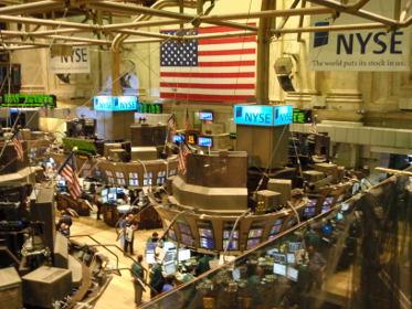 Dans la salle des marchés se cotoient les différents type de marchés : marché secondaire, marché primaire et marché gris.